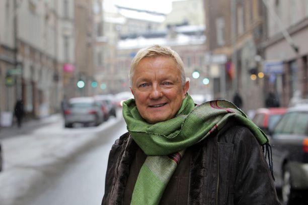 Kirjailija Hannu Väisänen kuvattuna vuonna 2010.