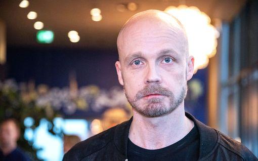 """Juha Tapio kommentoi härskiä huijausta: """"Jos tarvitsen rahaa, keskeytän keikkatauon"""""""