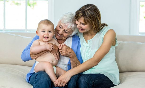 Isovanhempainvapaa on määrä käyttää perheen yhdessäoloon vuoden sisällä lapsenlapsen syntymästä.