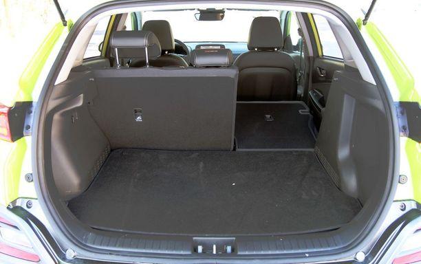 Tavaratila paljastaa auton kokoluokan. Kuitenkin liki 70 litraa pienempi boksi kuin vaikka Nissan Qashqaissa.