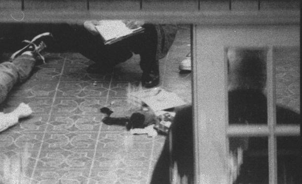 Cobainin kuolemaan liittyviä kuvia julkaistiin viime vuonna.