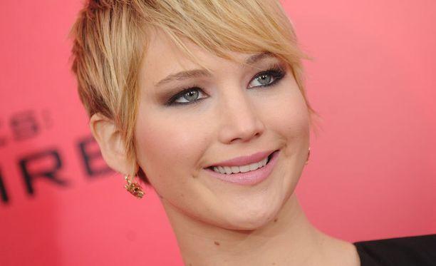 Jennifer Lawrence näyttelee parhaillaan valkokankailla pyörivässä Nälkäpeli - Vihan liekit -elokuvassa.
