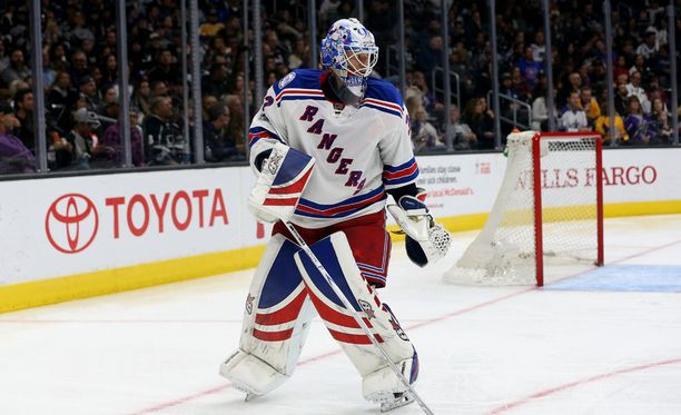 Antti Raanta ei jatka New York Rangersissa.
