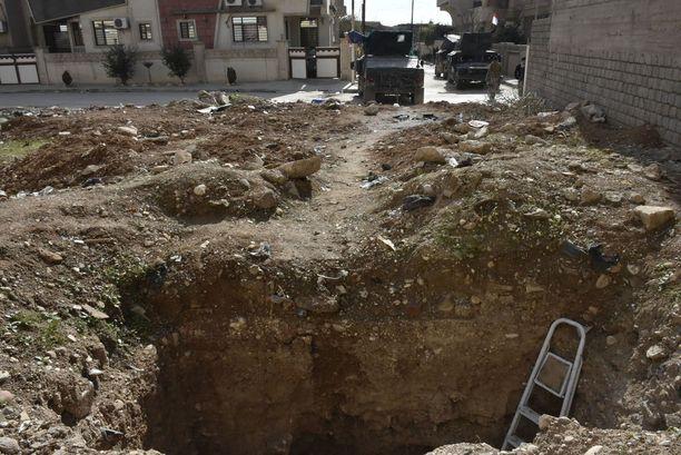 Isis on kaivanut Mosuliin lukuisia pako- ja siirtymätunneleita.