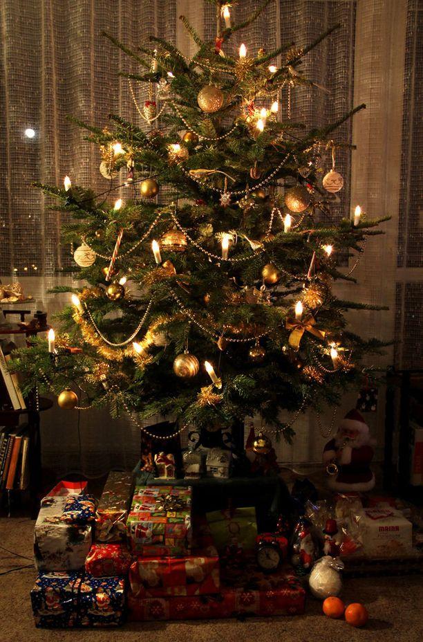 Älä sorru ajattelemaan sitä millainen on idyllinen joulu, vaan sitä mikä sinulle itsellesi on tärkeää.