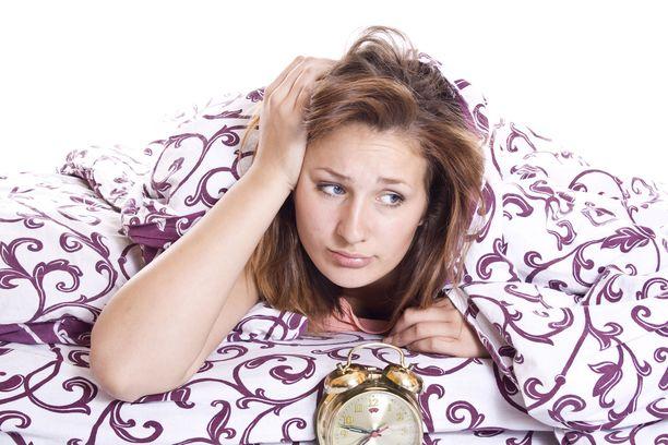 Nukkumaan on vaikea käydä, jos keho on täysin väärässä rytmissä.