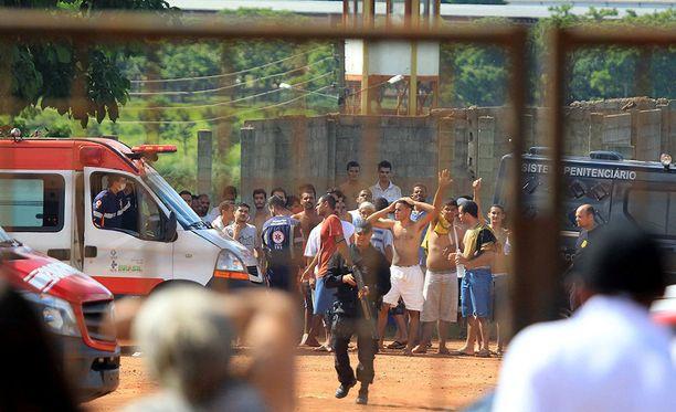Maanantaina Brasiliassa sattuneessa vankilamellakassa kuoli yhdeksän ihmistä ja 14 loukkaantui.