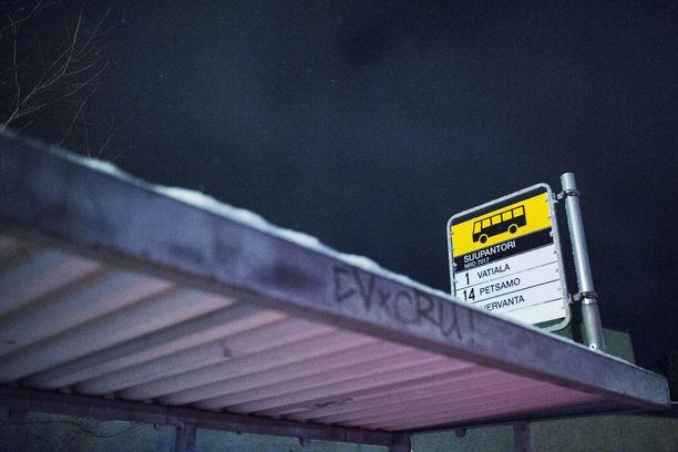 Vaarallinen käytös bussissa johti ehdolliseen vankeustuomioon. Kuvituskuva.