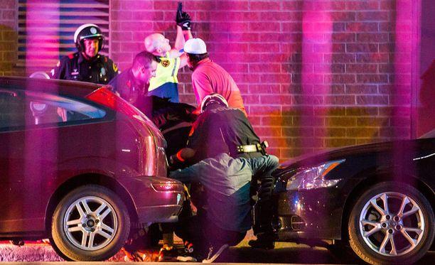 Dallasin poliisiampumisissa sai surmansa viisi poliisia.