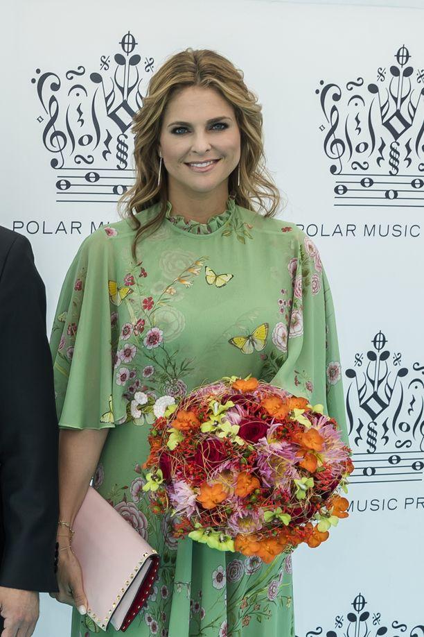 Viime vuoden gaalaan prinsessa Madeleine saapui veljensä kanssa.