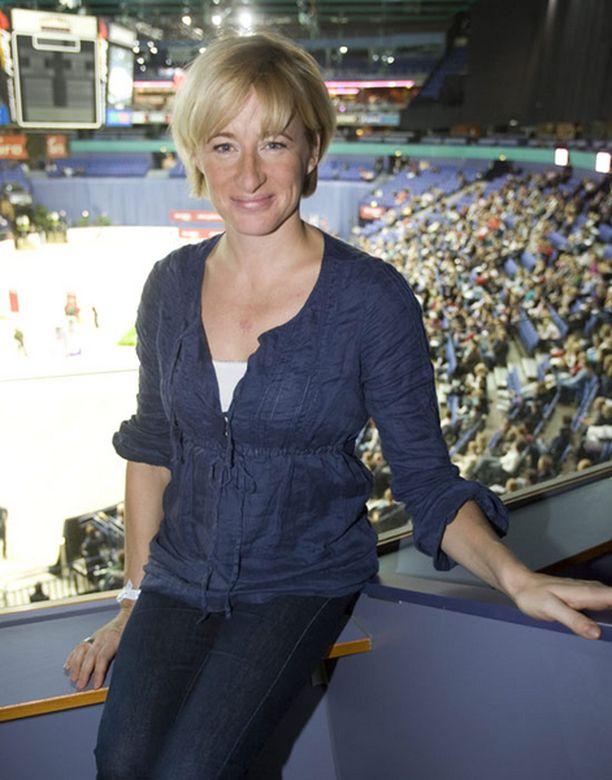 Hevosohjelman tuottava Katja Ståhl on itsekin hevoshullu.