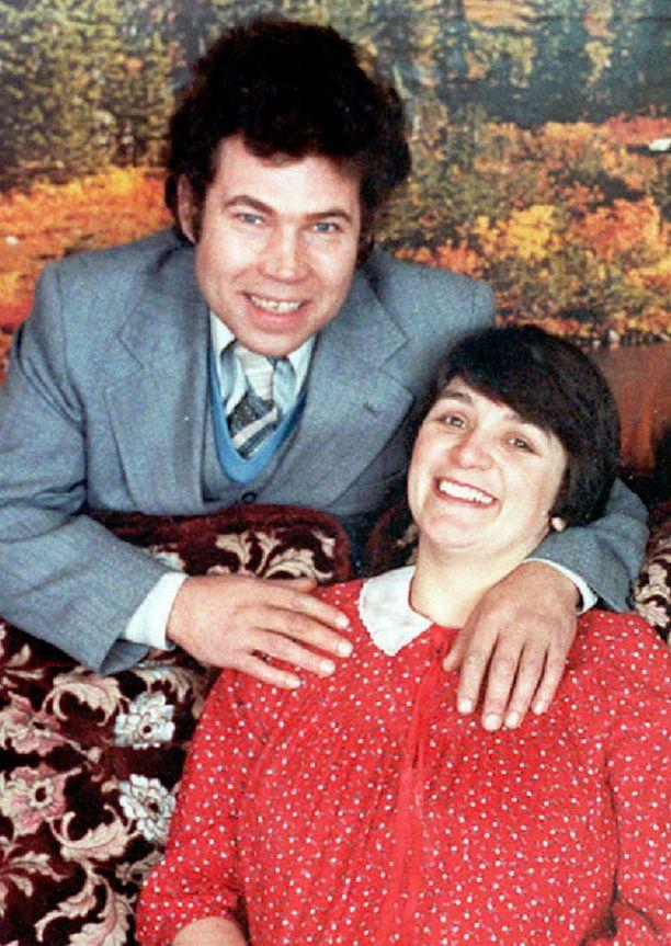Fred ja Rosemary West raiskasivat ja murhasivat yhdessä ainakin kymmenen naista ja tyttöä.