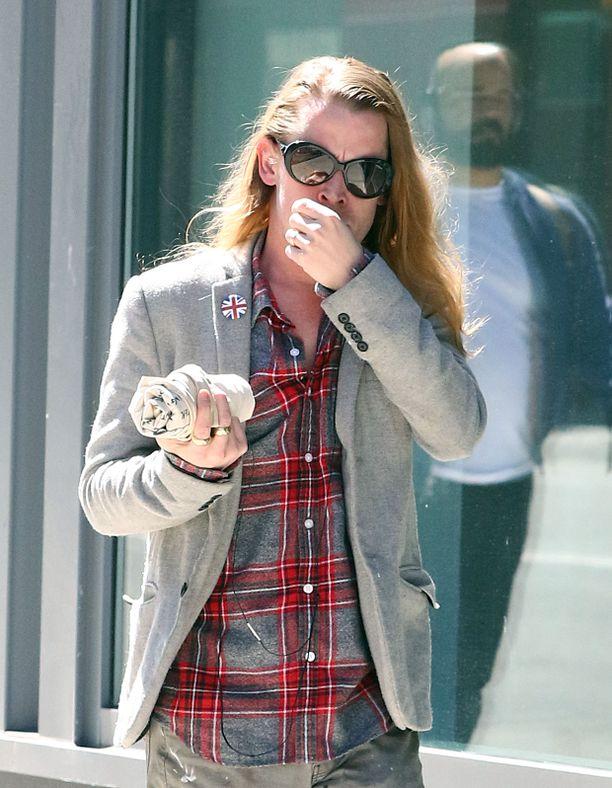 Macaulay Culkin paparazzikuviin ikuistettuna vuonna 2016.