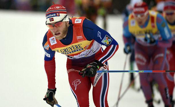 Martin Johnsrud Sundby voitti Tourin kolmannen peräkkäisen kerran.
