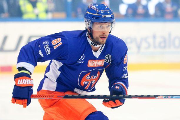 Jukka Peltola on palannut Liigaan.