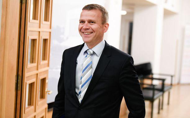 Valtiovarainministeri Petteri Orpo (kok) luonnehti tiistaina Suomen talouden kasvua väkeväksi ja laaja-alaiseksi. Orpon mukaan käänne tapahtui viime vuonna. Lisääntyneitä verotuloja ei käytetä lisämenoihin, vaan velkaantumisen hillitsemiseen, Orpo linjasi.