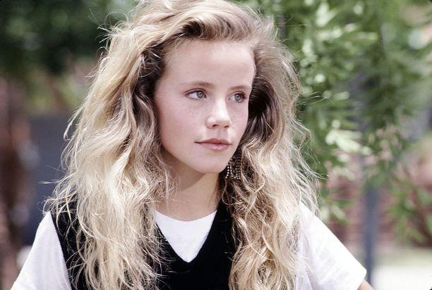 Amanda Peterson lopetti näyttelemisen vuonna 1994.