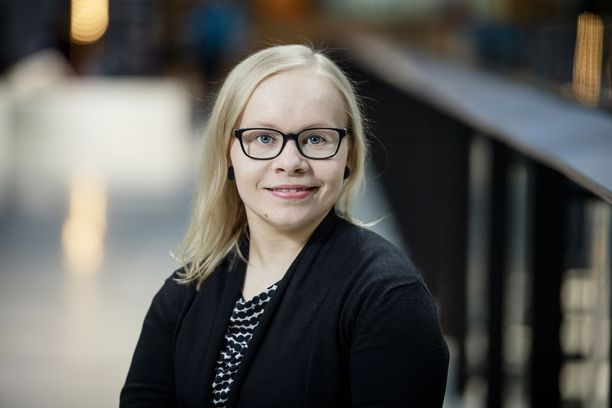 Jenni Kuusela työskentelee Invalidiliitossa Harvinaiset-yksikössä.