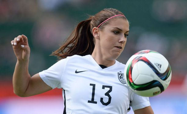 Alex Morgan voitti USA:n paidassa jalkapallon MM-kultaa tänä kesänä.