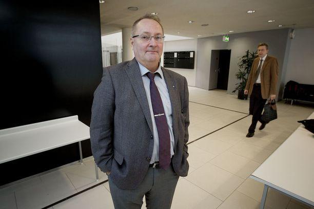 Juha Manner on ehdolla kunnallisvaaleissa Naantalissa.