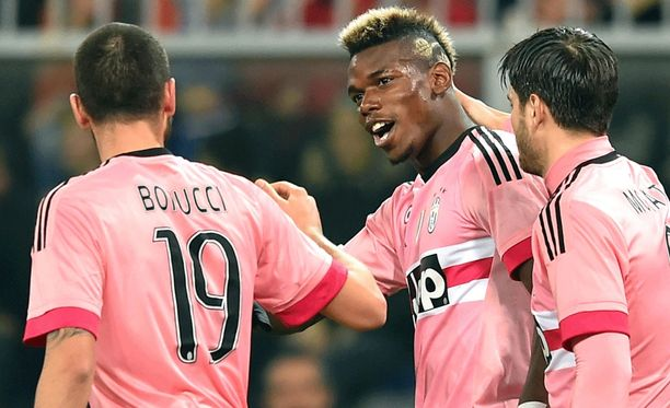 Paul Pogba viimeisteli hienon avausmaalin Sampdoria-verkkoon.