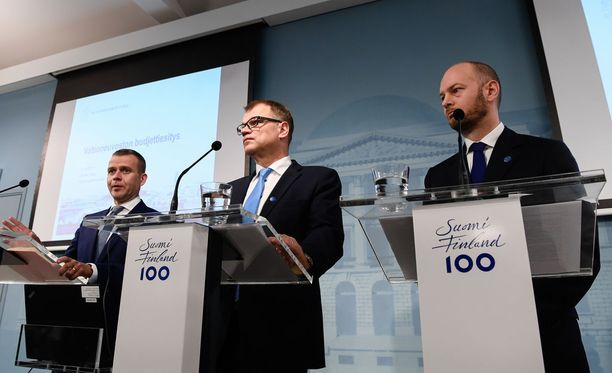 Pääministeri Juha Sipilän (kesk) hallituksen ensi vuoden talousarvioesitys on 2,96 miljardia euroa alijäämäinen, mikä katetaan lisävelanotolla. Ensi vuoden lopussa valtionvelan arvioidaan olevan noin 110 miljardia euroa, mikä on noin 47 prosenttia suhteessa bruttokansantuotteeseen.