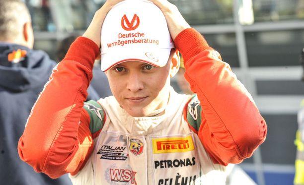 Mick Schumacher ajaa tällä kaudella F3-luokan EM-sarjaa. Sarja käynnistyy huhtikuussa.