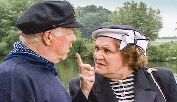 Hyacinthin poloista Richard-miestä esittää Clive Swift.
