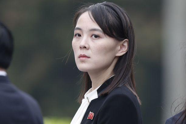 """Kim Jong-unin sisko Kim Yo-jong on saanut maassaan lisänimen """"paholaisnainen""""."""