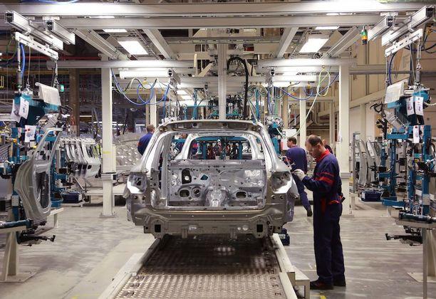 GLC-korihitsaamossa on 316 robottia, ja se on Suomen suurin robottihitsaamo.