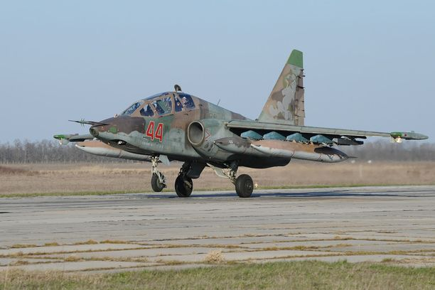Suhoi Su-25 -kone joutui onnettomuuteen tiistaina Venäjällä. Kuvituskuva.