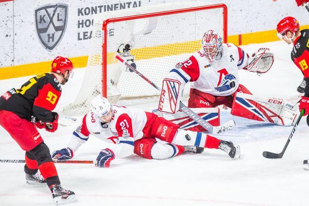 Jokerit kaatoi playoffien ensimmäisellä kierroksella Lokomotiv Jaroslavlin.