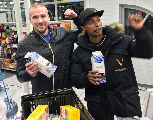 Aleksi Valavuori nappasi Solanon matkaan muun muassa mustikkakeittoa.