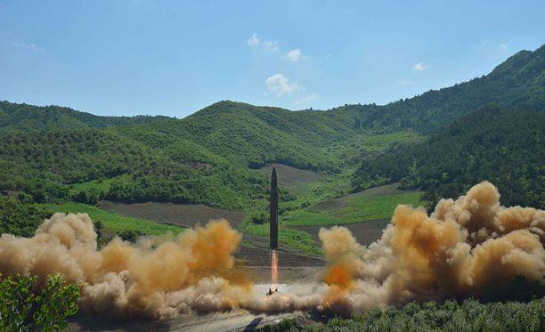 Pohjois-Korean epäillään suunnittelevan uutta ohjuskoetta. Kuva heinäkuun alusta Pohjois-Korean väitetystä ohjuskokeesta.