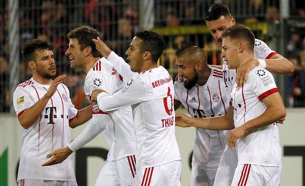 Bayern nappasi murskavoiton rutiinilla.