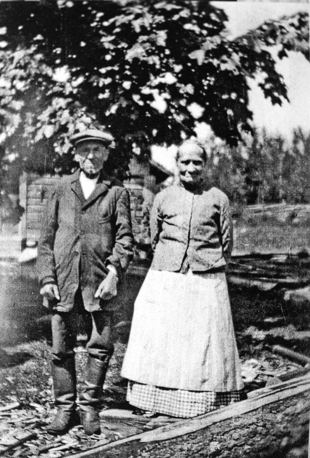 Pentti Heinosen vanhemmat, kuva 1800-luvulta.