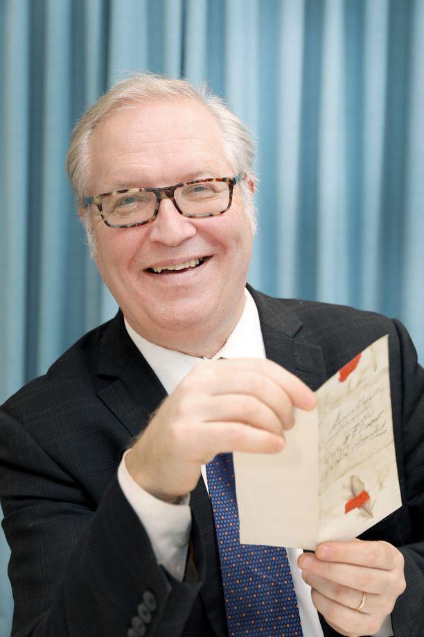 Puheenjohtaja Sture Fjäderin mukaan Akavan jäsenmäärän nopea kasvu heijastaa suomalaisten koulutustason ja työtehtävien vaatimustason nousua.