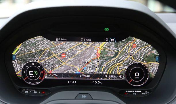 Lisävarustelistalla olevan digitaalisen mittariston saa säädettyä huiman kokoiseksi navigaattoriksi.