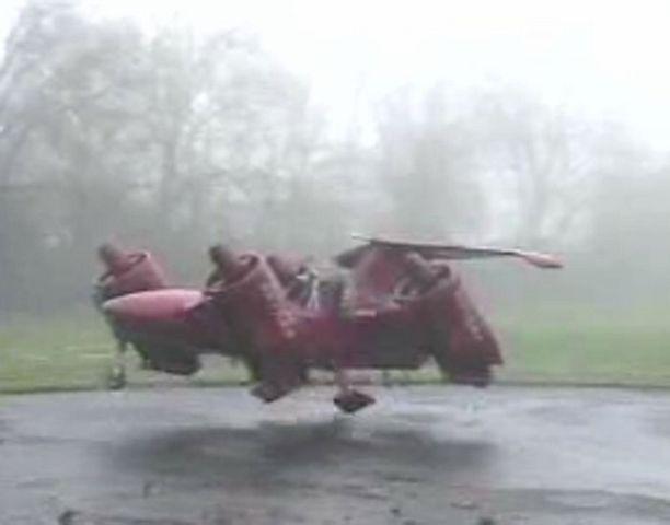 Skycar M400 on eräänlainen auton ja helikopterin risteytys.