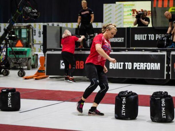 Laura Koskenniemi jahtaa uransa ensimmäistä Suomen vahvin nainen -titteliä. Kolmesti hän on ollut jo hopealla.