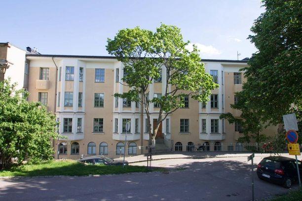Jugend-talon tunnelma on samaan aikaan arvokas mutta kodikkaalla tavalla kutsuva.