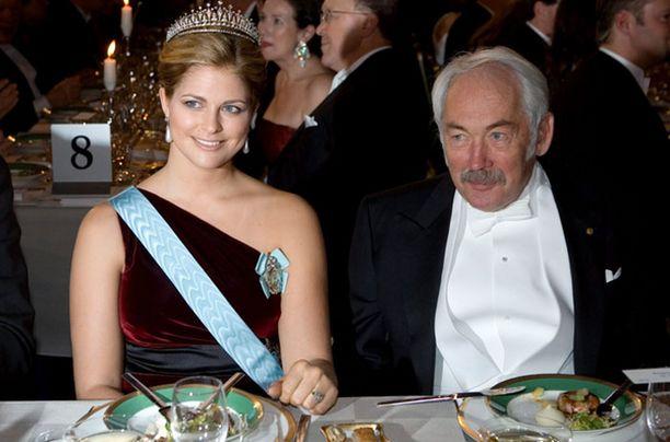 Prinsessa Madeleinen pöytäseurana oli saksalainen fysiikan nobelisti Peter Grnberg.