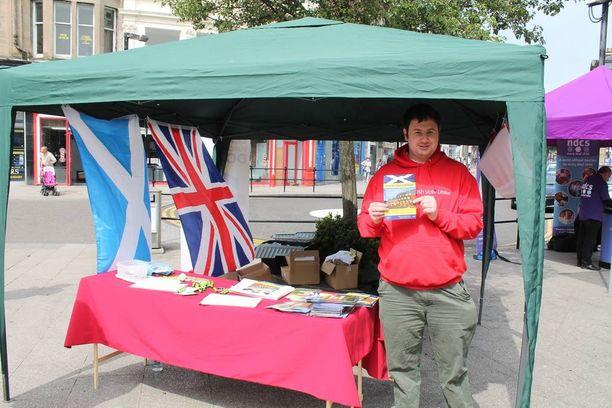 Alastair Majury kampanjoi EU-eron puolesta, hän haluaa päätäntävallan lähemmäs omaa kansaa.