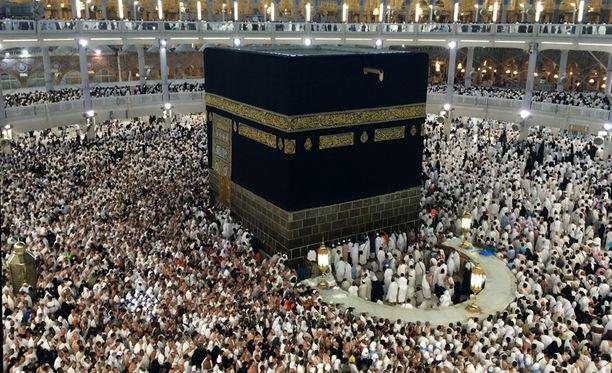 Pyhän moskeijan keskellä oleva Kaaba on islamilaisen maahan kaikkein pyhin paikka.