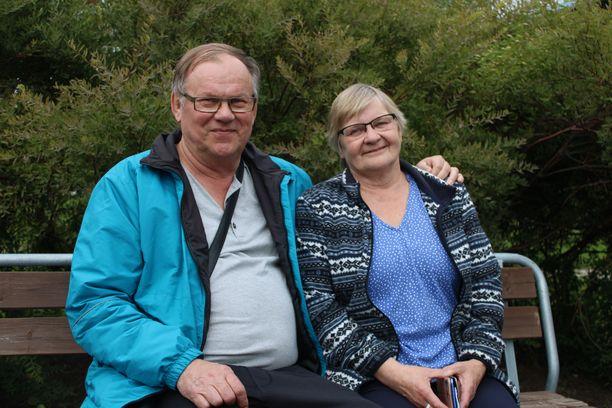 Eero ja Sirkka Dahlman eivät ole antaneet Eeron vammautumisen viedä elämäniloa.