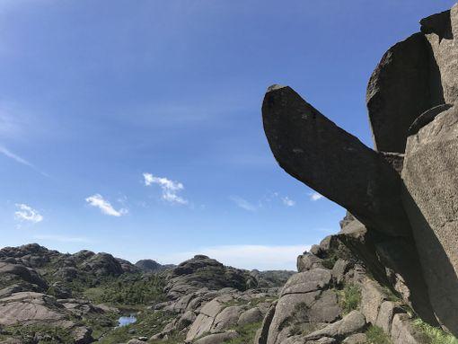 Stavangerin lähellä sijainnut Trollpikken oli suosittu nähtävyys hilpeyttä herättävän muotonsa vuoksi.