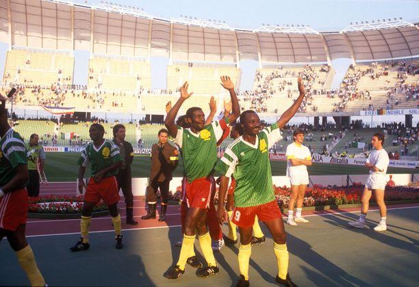Roger Millan (9) johtama Kamerun oli Italian MM-kisojen piristysruiske 30 vuotta sitten.