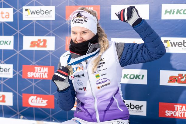 Vilma Nissinen tuuletti kympin SM-pronssia Vöyrillä.
