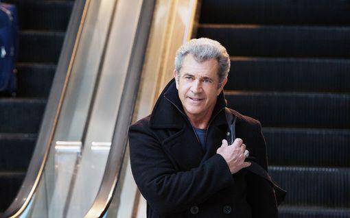 Mel Gibson joutui viikoksi sairaalahoitoon – syynä koronavirus