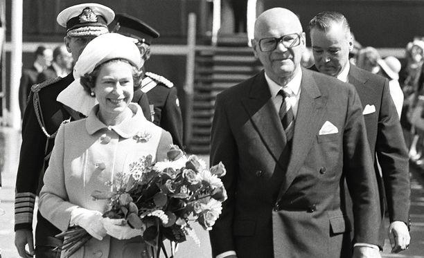 Elisabet II:n vierailua isännöi tietysti Urho Kekkonen.